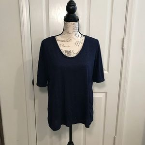 Dark blue, shimmery tee